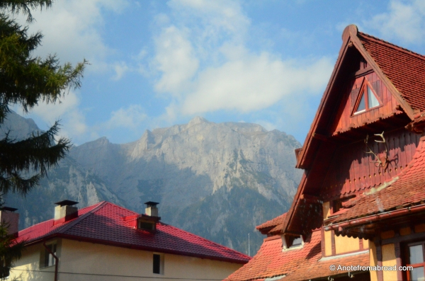 On the road from Bran Castle toward Pele's Castle