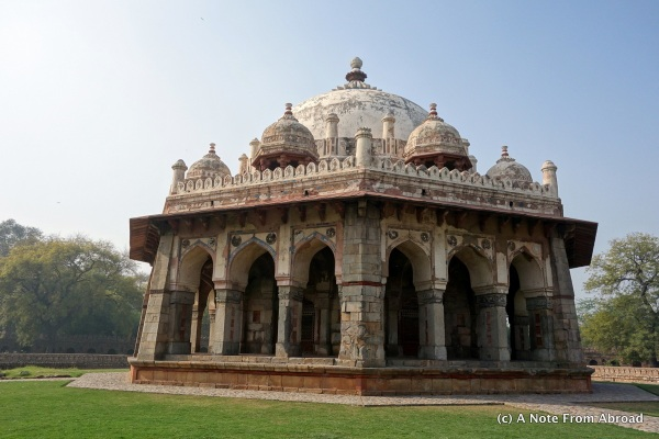 Tomb and mosque of Isa Khan