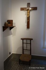 Gaudi's prayer corner at the foot of his bed