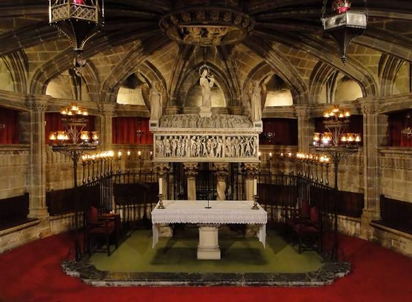 Crypt of St Eulalia - (picture courtesy of Wikipedia)