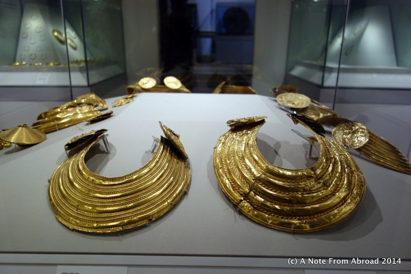 Gold necklaces also found in bogs in Ireland