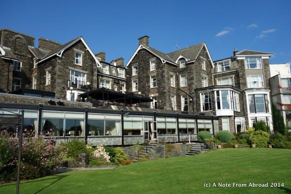 Old English Hotel