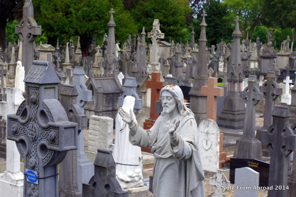 There are over 1.5 MILLION buried in Glasnevin Cemetery