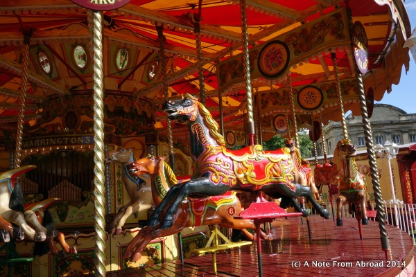 Travel like being on a merry-go-round