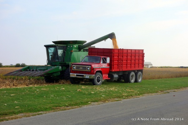 Combine emptying his hopper