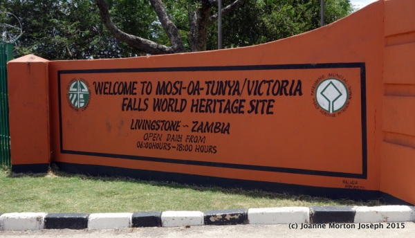 Welcome sign on the Zambia side of the falls
