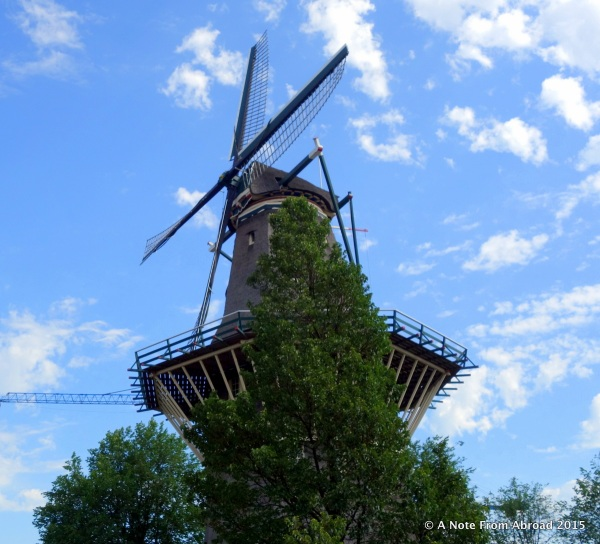 Yay! Finally got to see an original style wind mill.