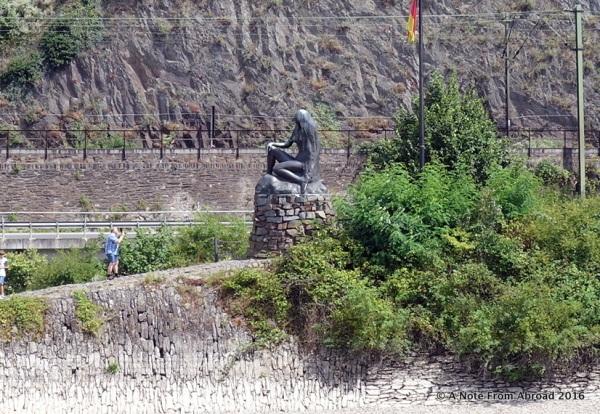 Small statue commemorates the legend