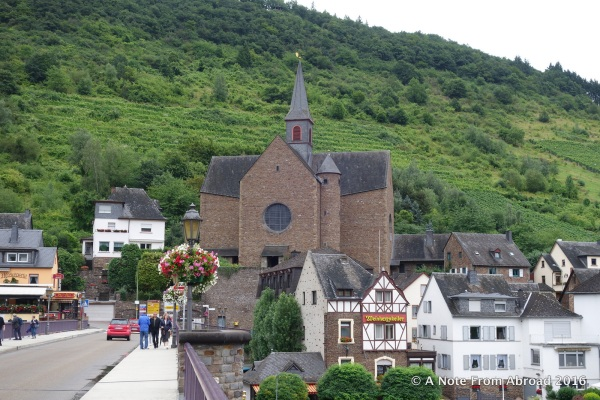 The town sits on both sides of the Moselle River